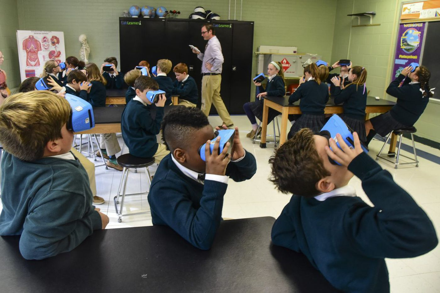 Philly area students travel to Syria, visit Mars - virtually