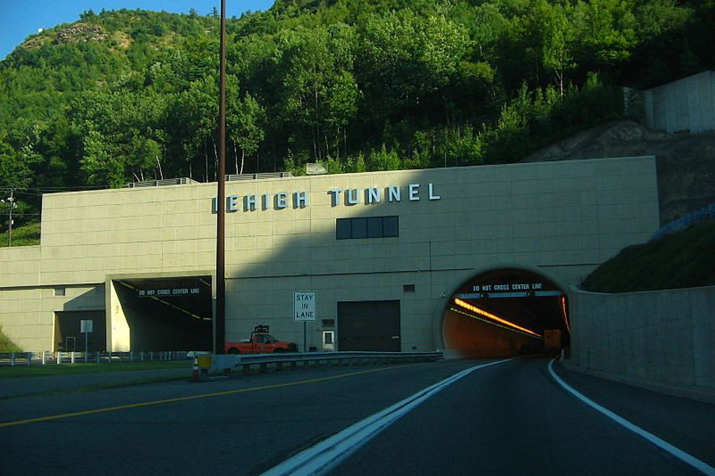 Feds join investigation of death of South Jersey trucker in Pa. Turnpike tunnel mishap