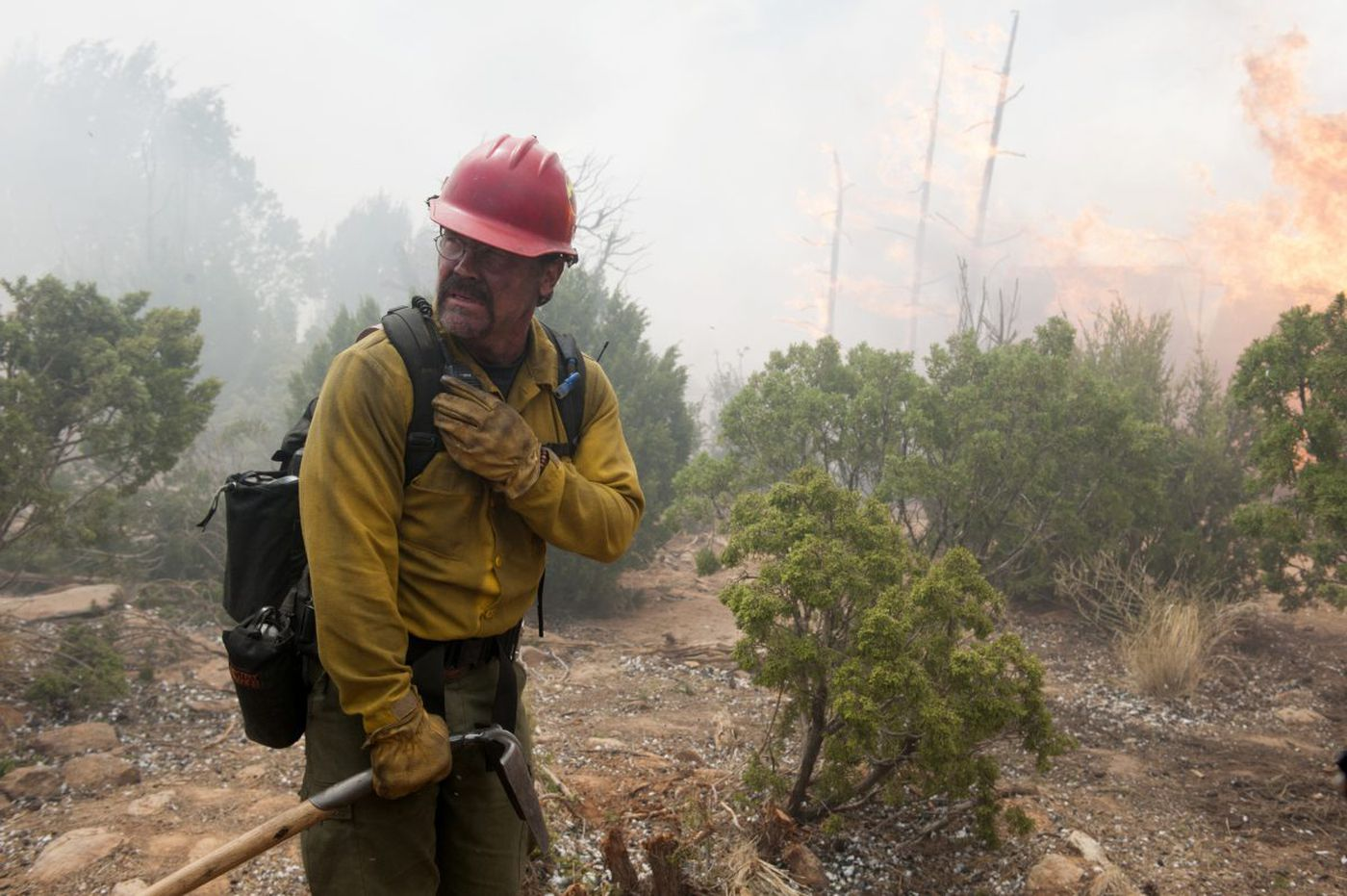 'Only the Brave': A heartfelt tribute to men who fight wildfires