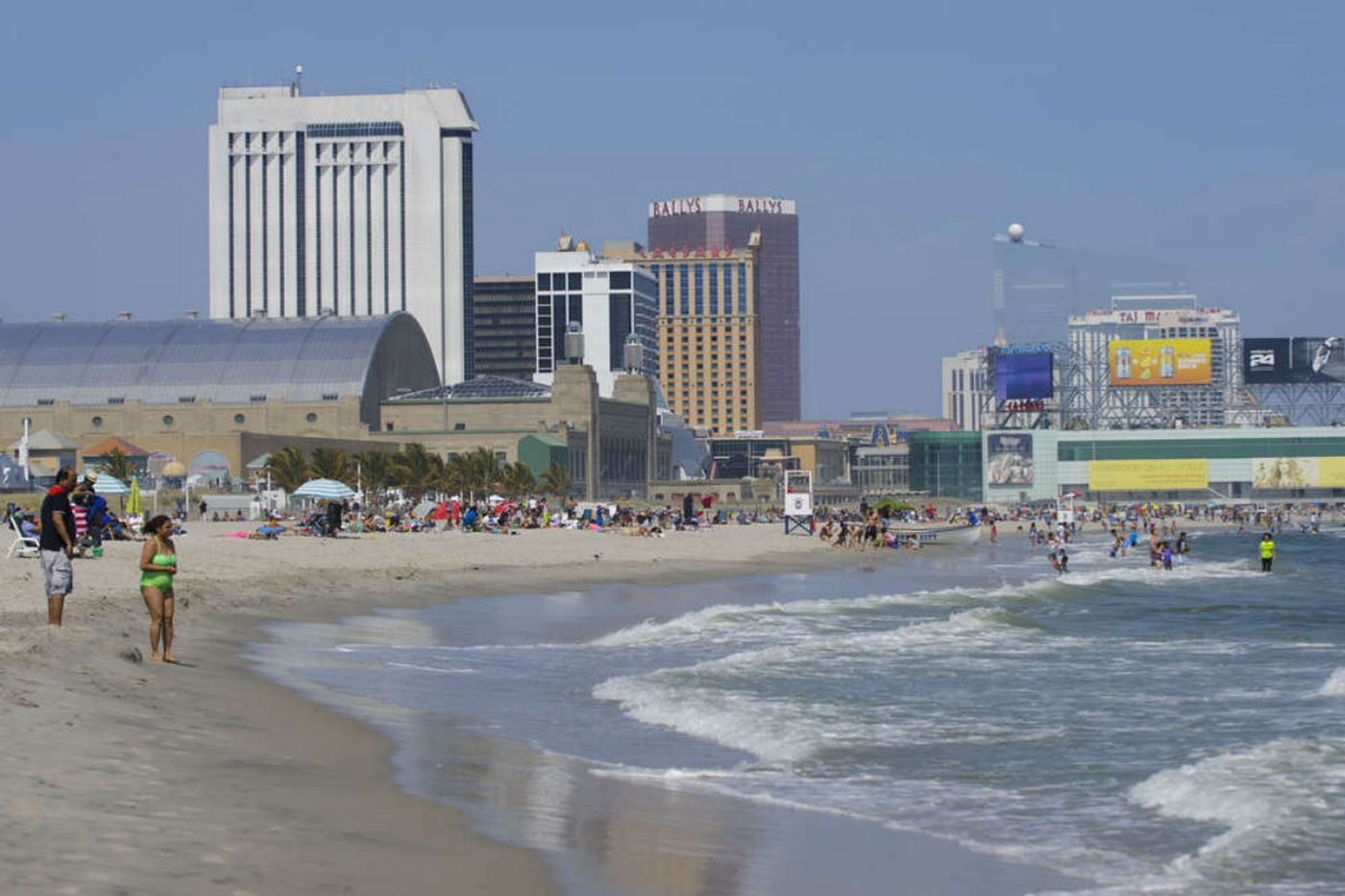 Search underway for missing teen swimmers in Atlantic City
