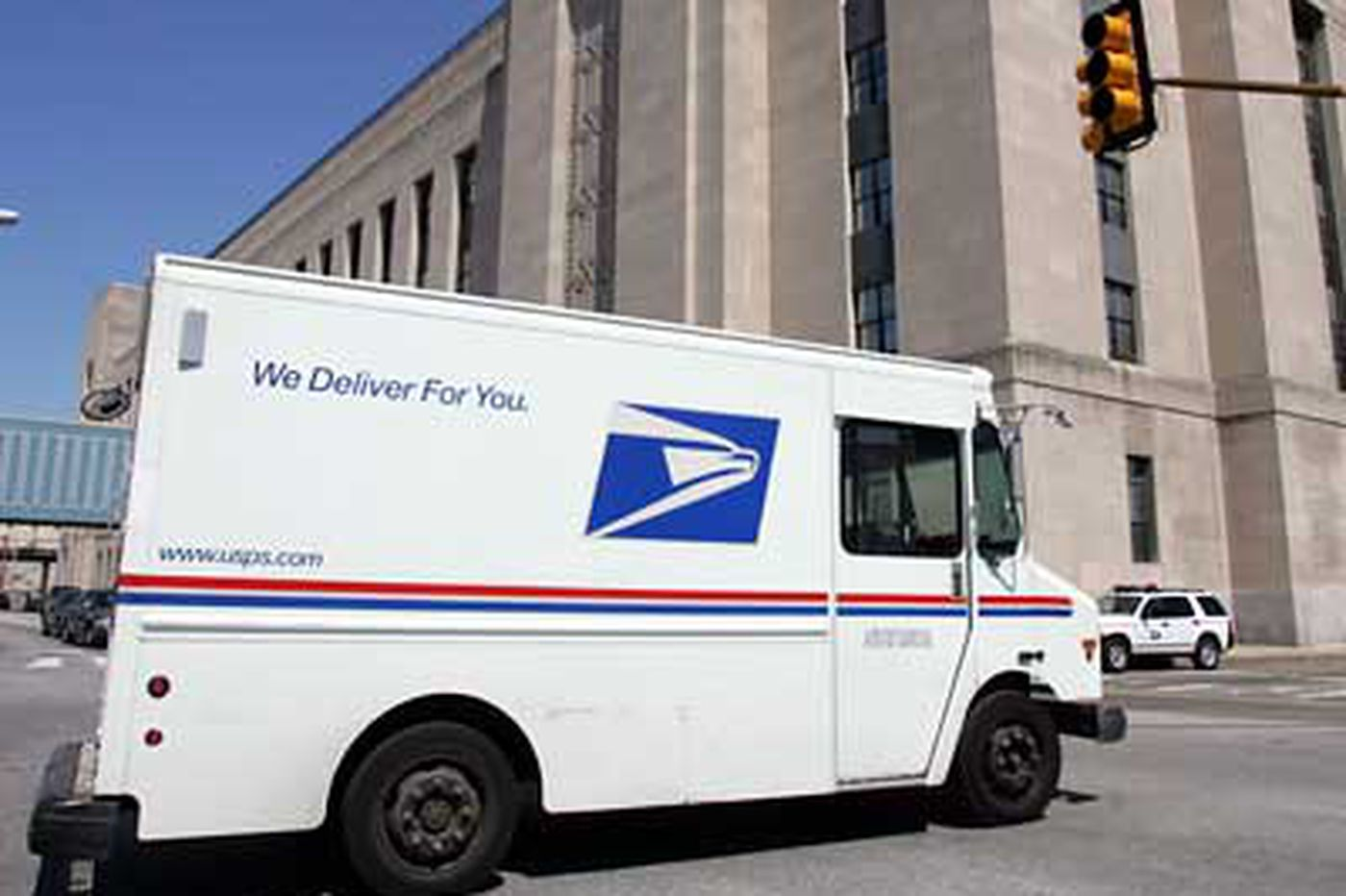 Forget dead letters; worry about a dead USPS