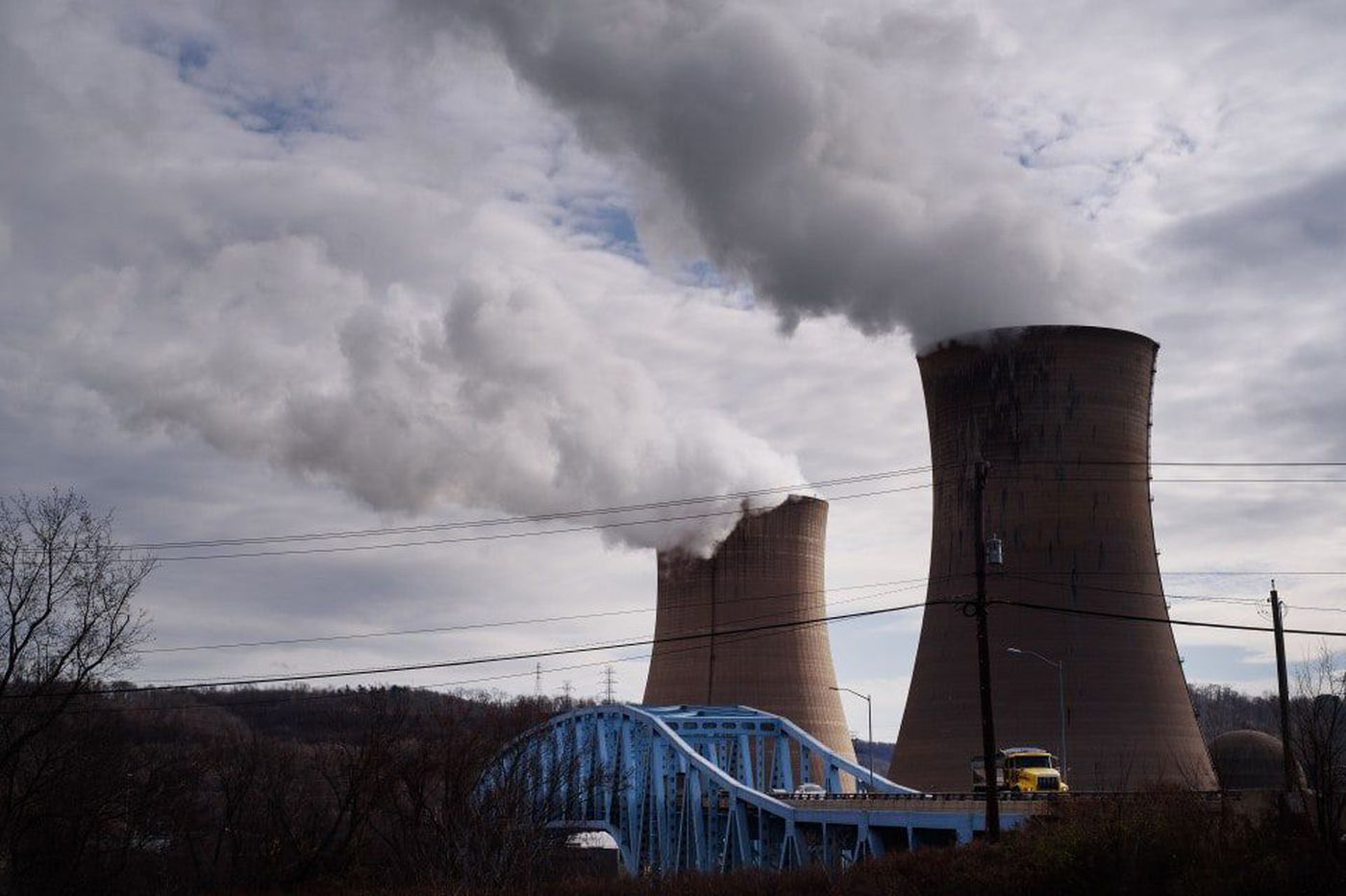 Three struggling nuclear plants in Pa., Ohio need federal rescue, company pleads