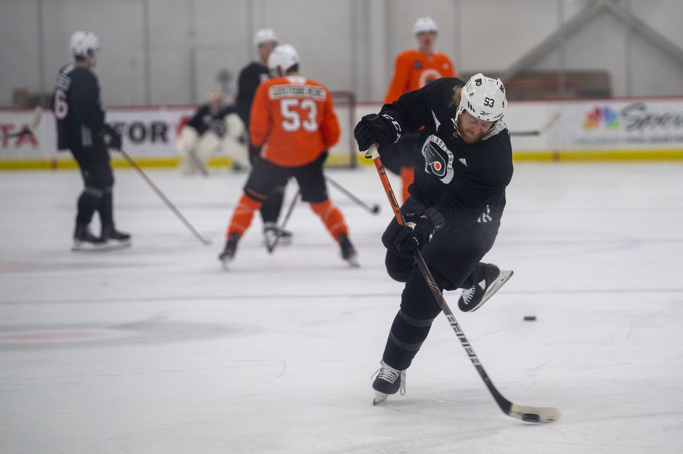 Flyers' much-maligned power play takes a 'step in the right direction' at training camp