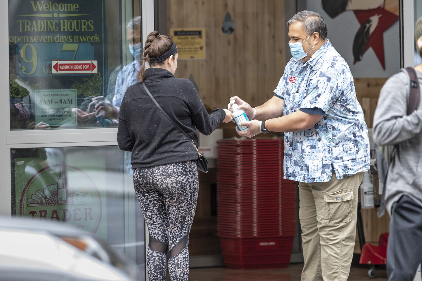Coronavirus hits nearly 300 Pa. elder-care centers, accounting for half the state's deaths