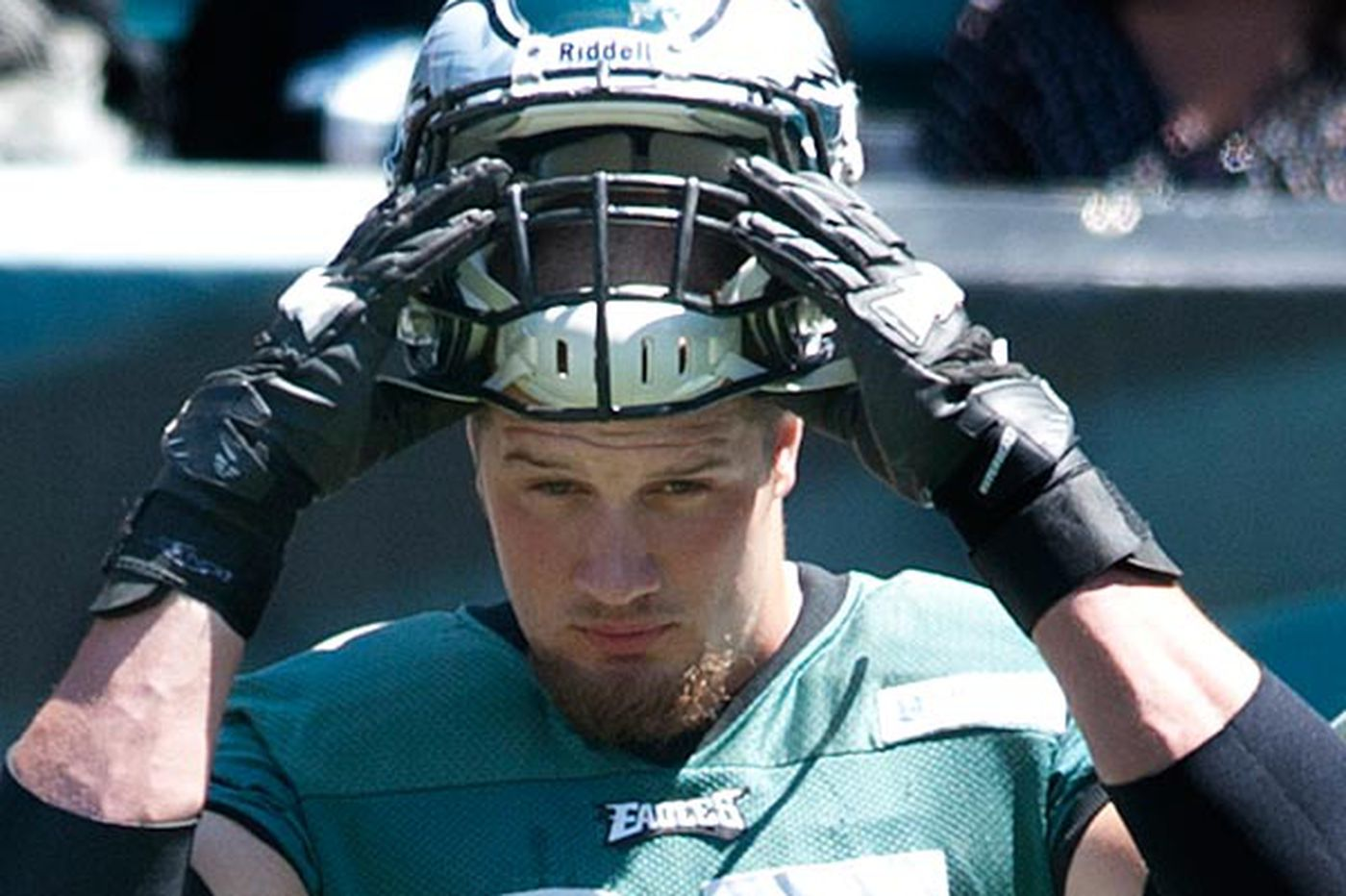 Lane Johnson getting comfortable in either tackle spot