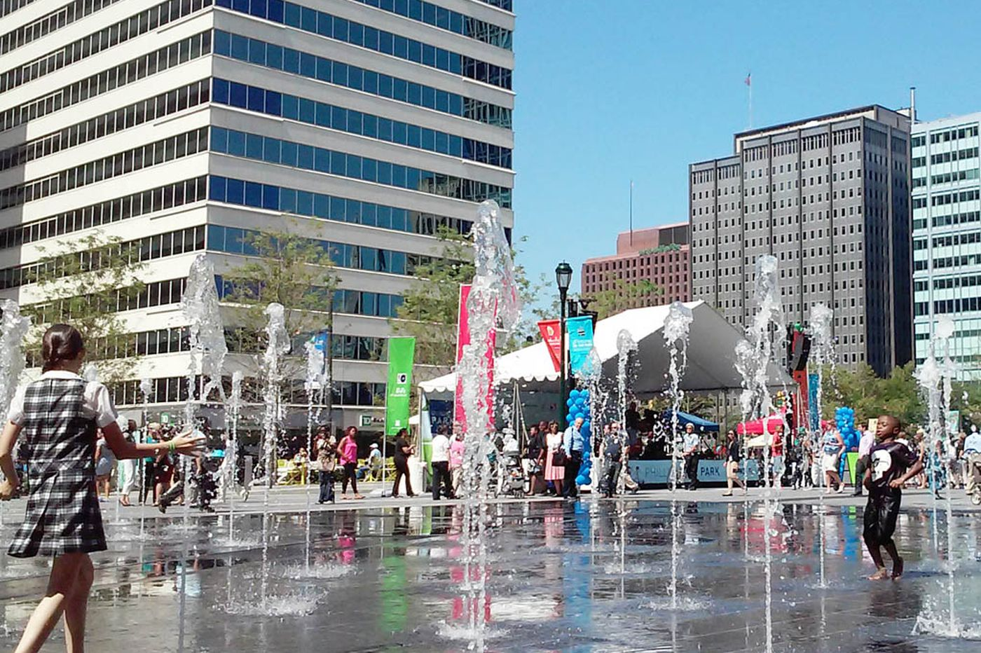 Dilworth Park opens to the public on west side of City Hall