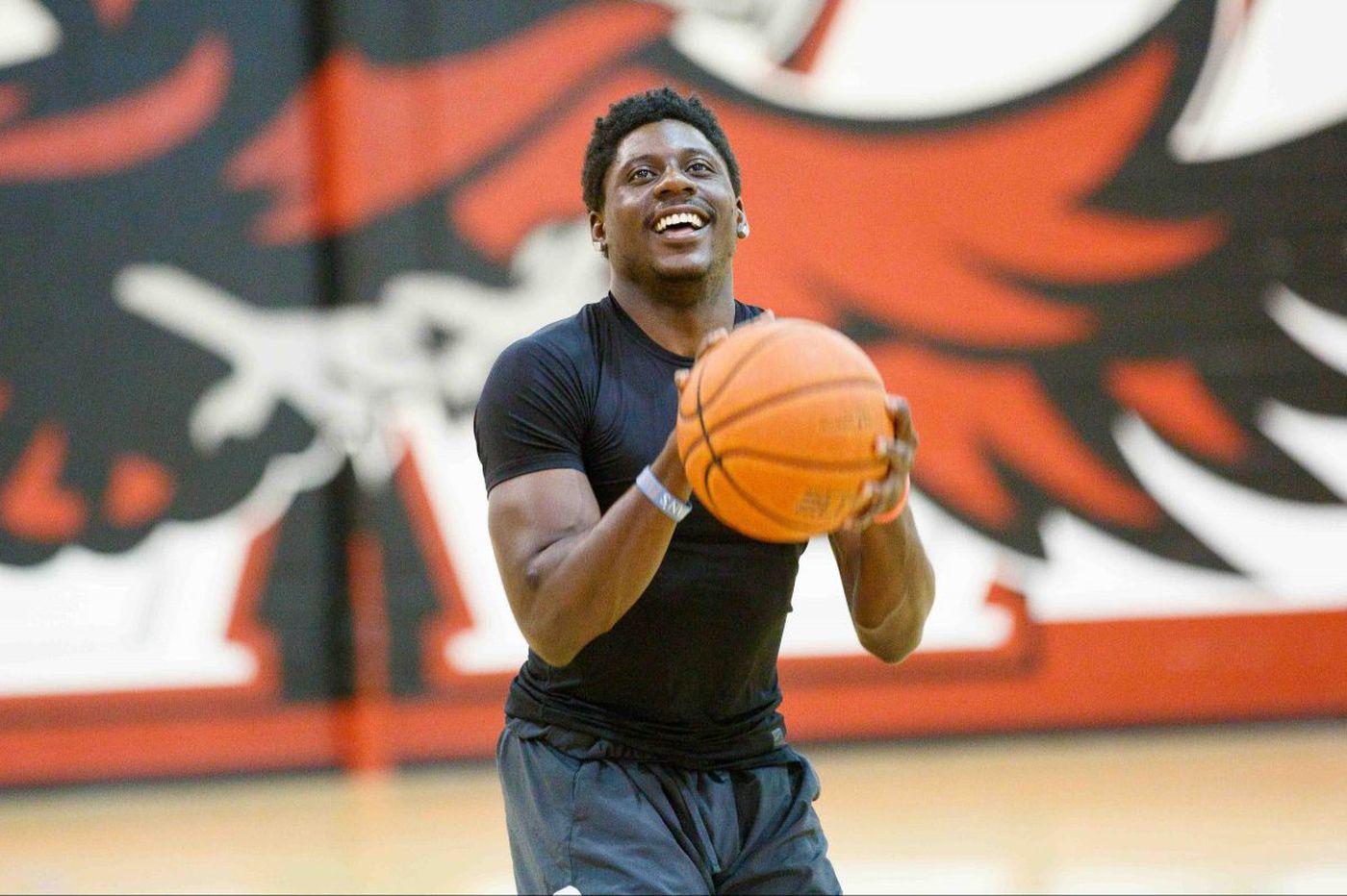 St. Joe's at UMass: Sunday's local college basketball