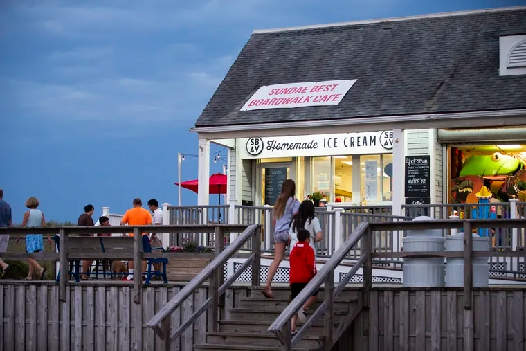 The unofficial end of summer arrives with plenty more opportunities for beachside ice cream, outdoor meals, and more.
