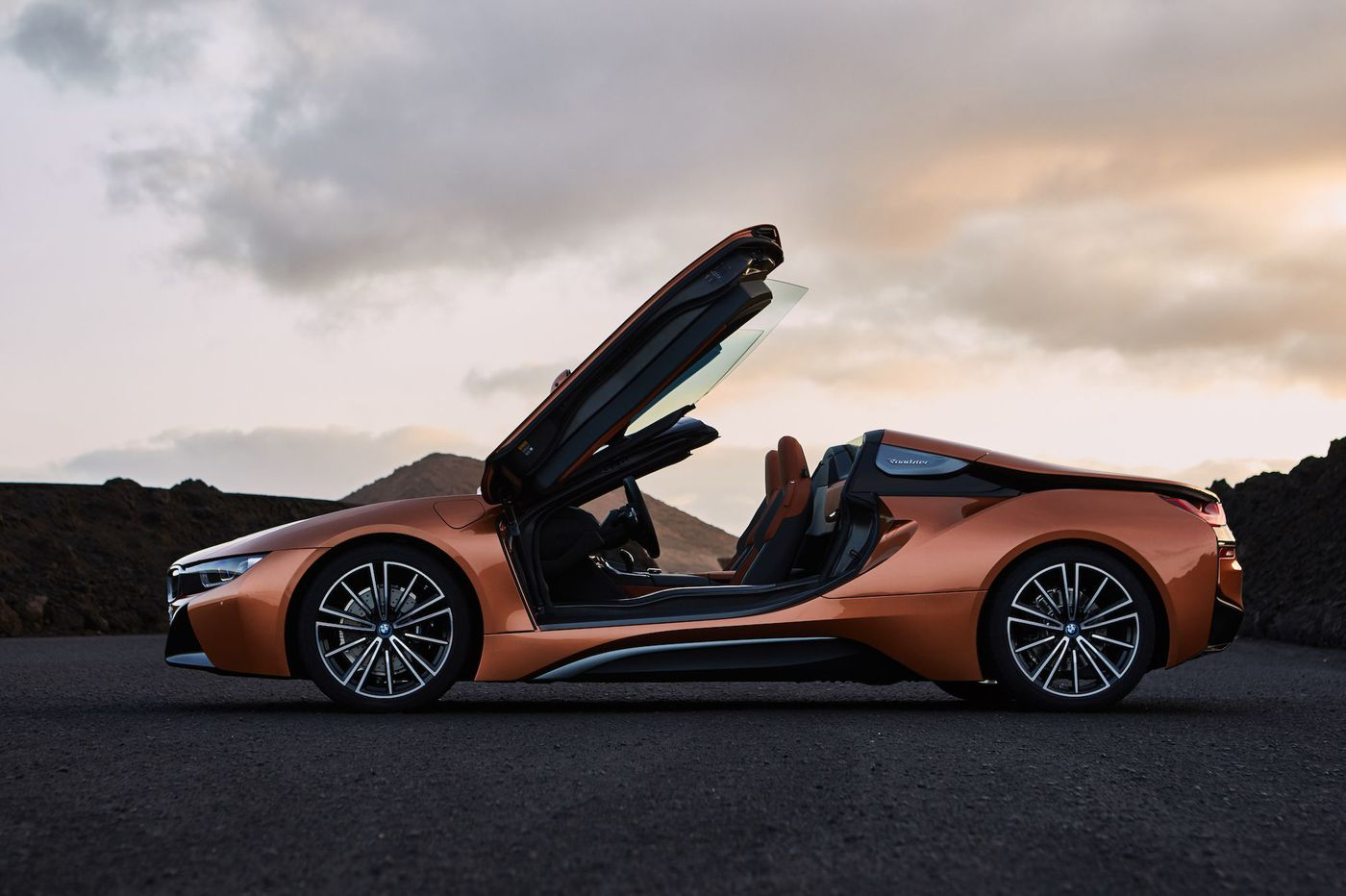 BMW i8: Engine and motor combine to double the fun