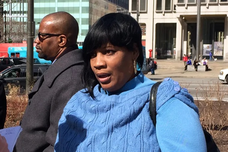 """Tanya Brown-Dickerson after D.A. Seth Williams' announcement: """"I want you all to see what we three saw . . . and let the public and you make a decision."""" (DAVID GAMBACORTA / DAILY NEWS STAFF)"""