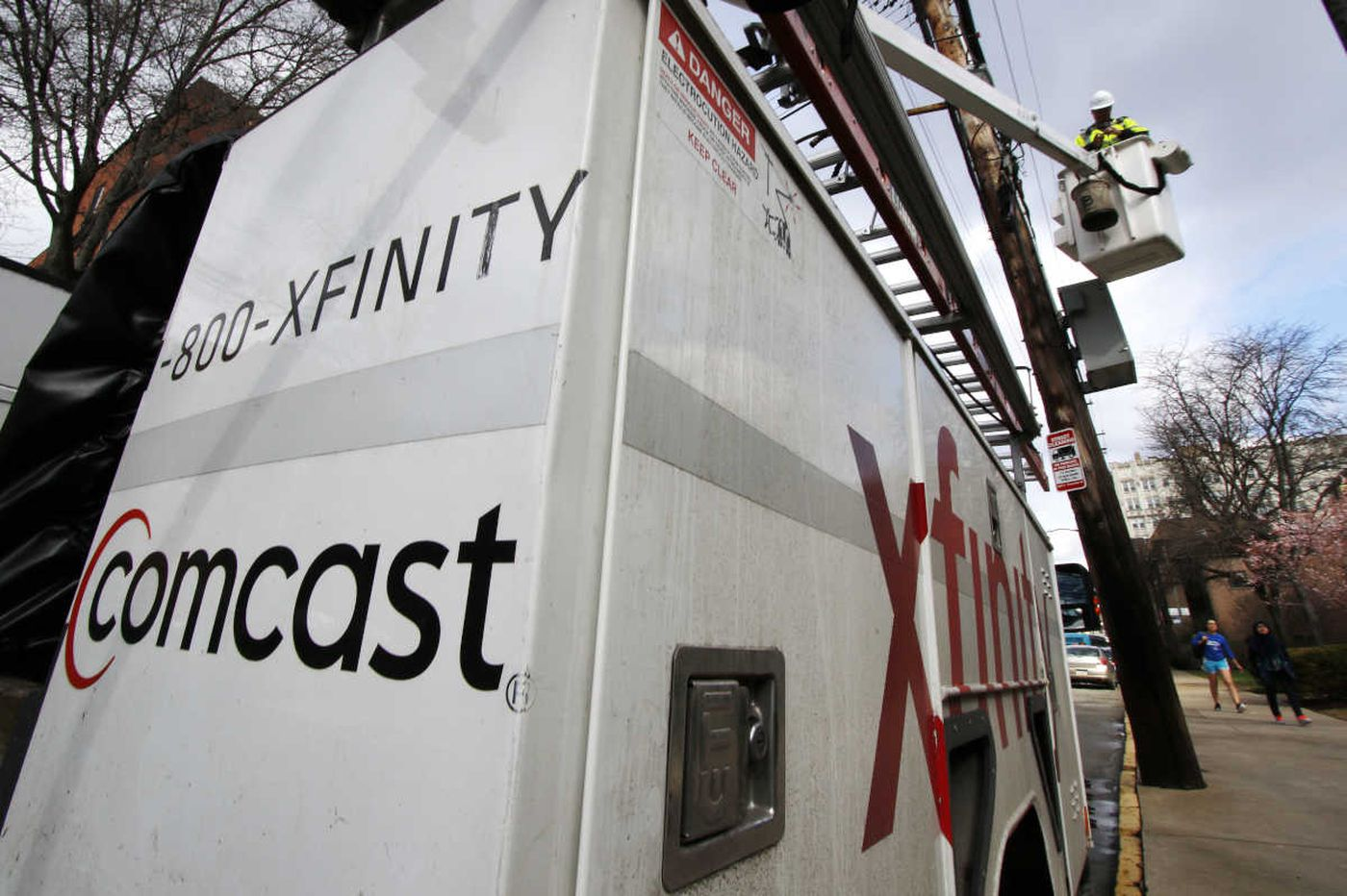 Comcast contractor to pay $7.5 million to settle lawsuit over unpaid overtime, labor law violations