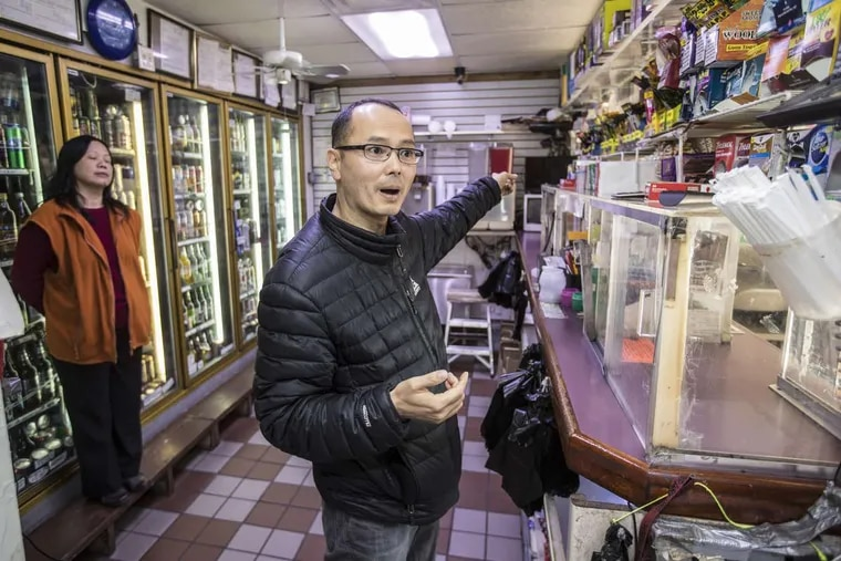 Bill Chow, the former owner of Kenny's Seafood & Steak in Germantown, spoke on Monday, Nov. 27, at the beer deli about how a customer had tried to throw bleach on him.