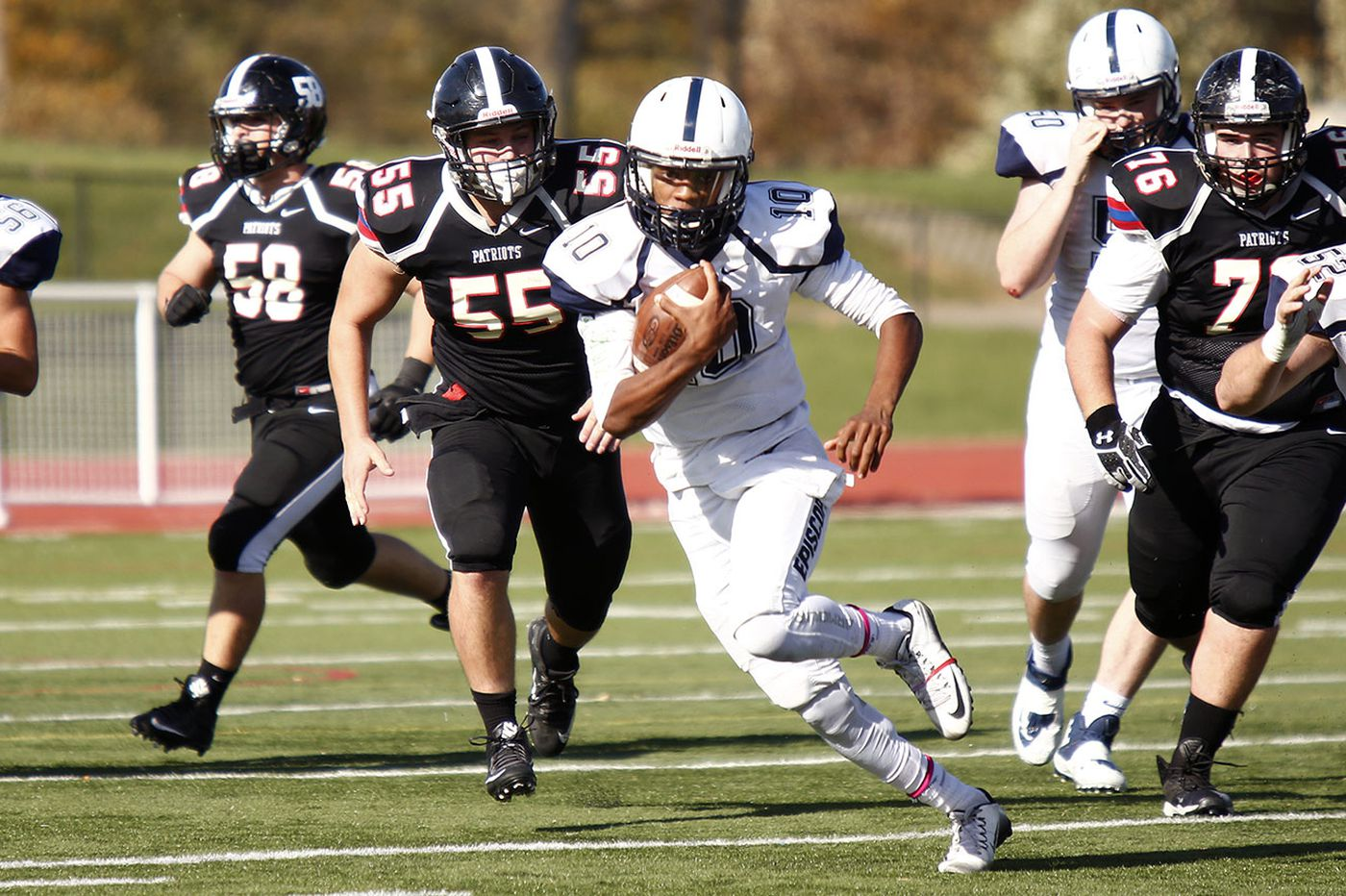 Saturday's Southeastern Pa. roundup: Marcus McDaniel's four touchdowns power Episcopal football past Brooklyn Poly Prep