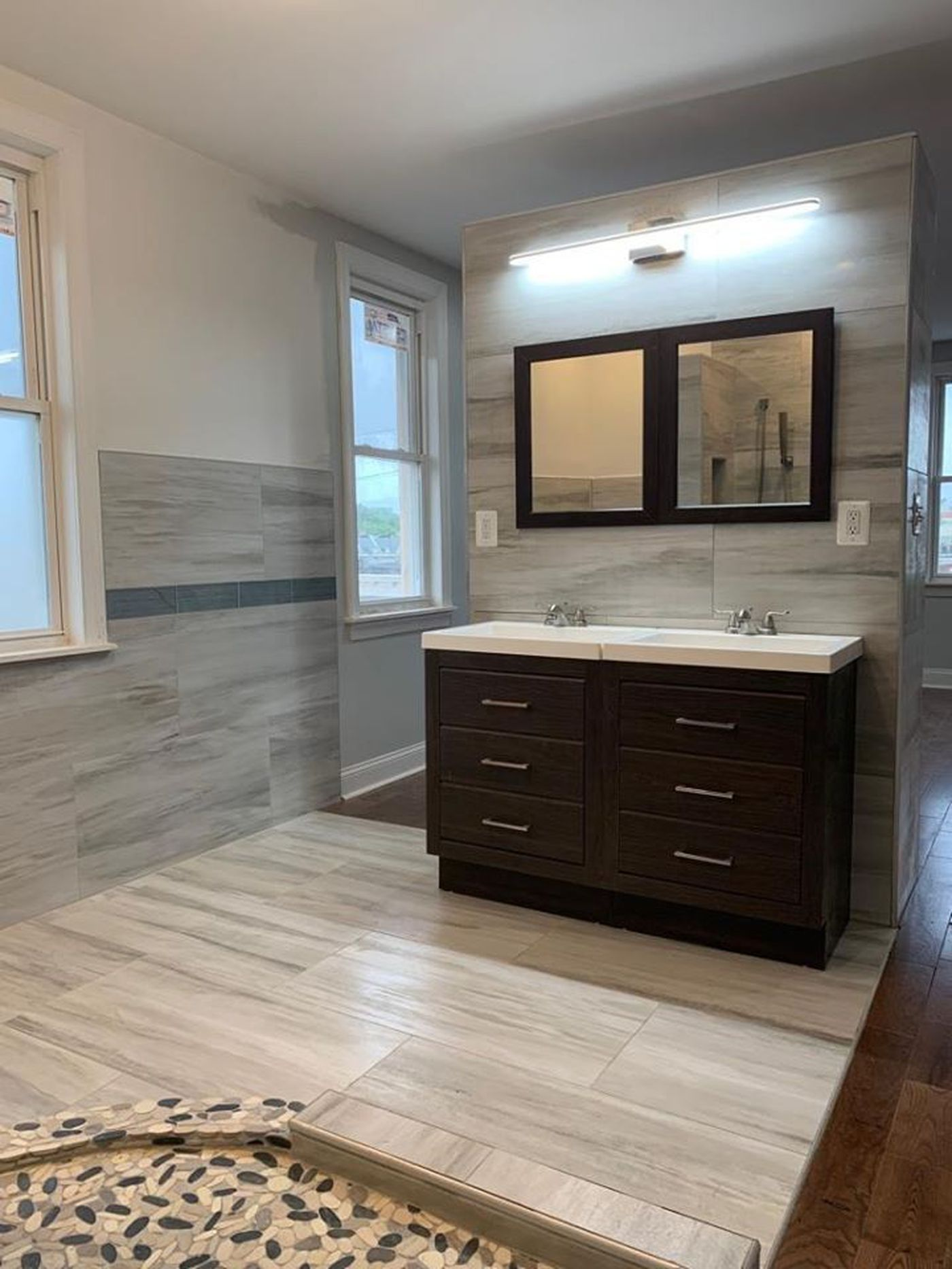 A Bathroom Without Doors A West Philly Apartment Tests The Market