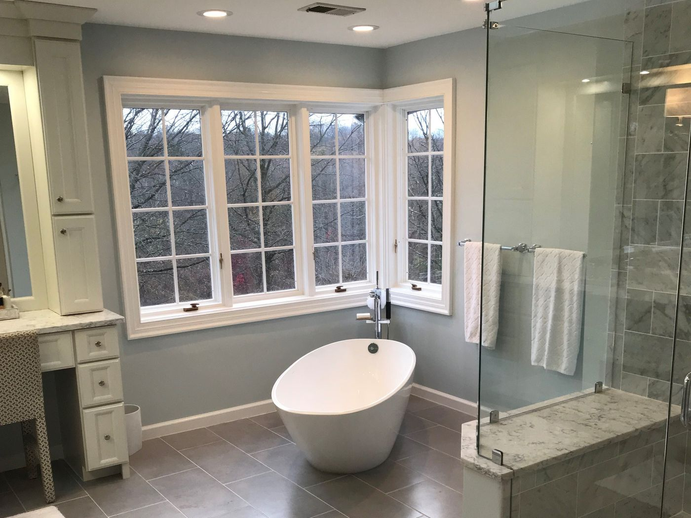 Tired Of Their Dated Bathrooms Homeowners Spend An Average 10 341 Remodeling