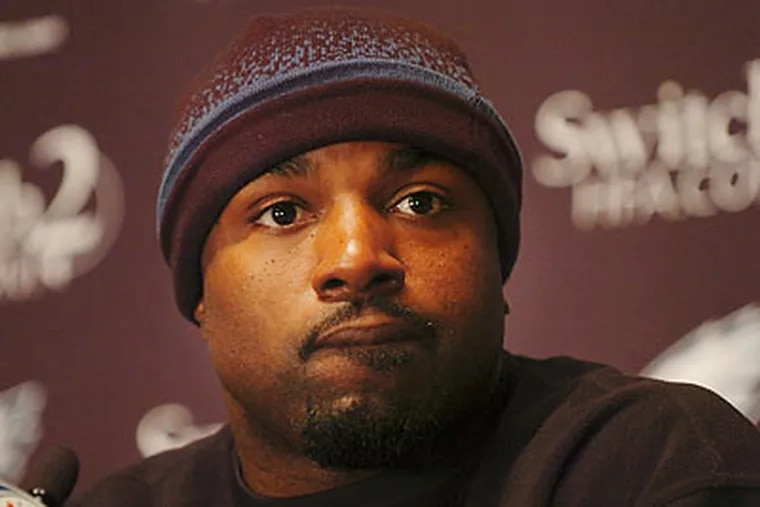 From what Andy Reid seemed to be saying Monday, Brian Westbrook is likely to play a limited role on Sunday. (Sarah J. Glover/Staff file photo)
