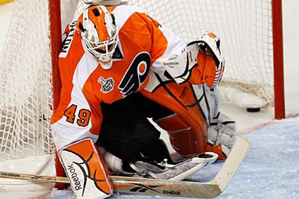 Former Flyers goalie Michael Leighton, forever remembered for 2010 Cup Final, retires