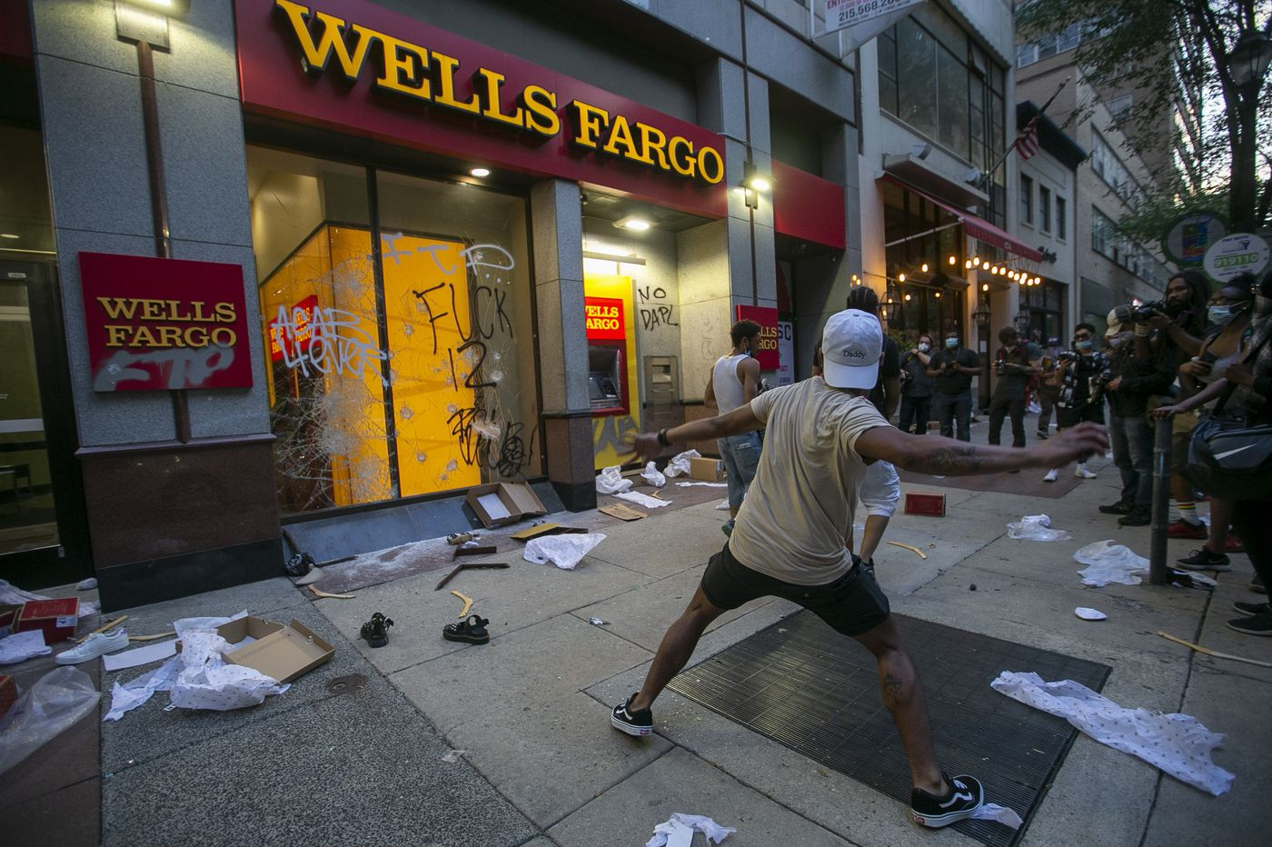 Peaceful Philly protests over George Floyd's death give way to violence, looting, arrests