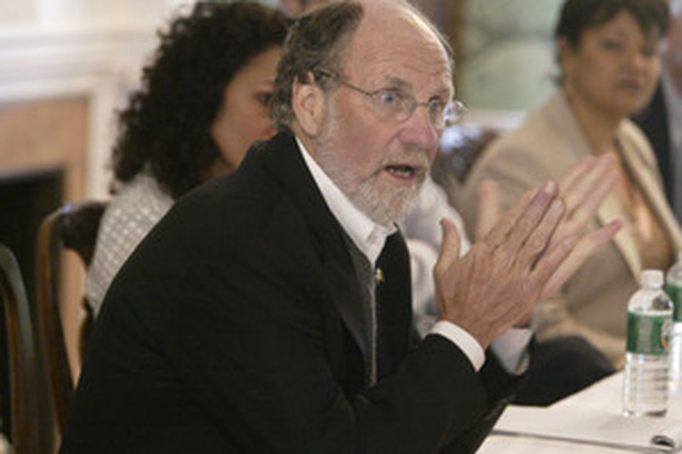 Panel: No ethics lapse by Corzine