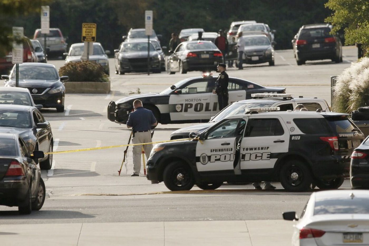 Fistfight leads to shooting outside Springfield Mall