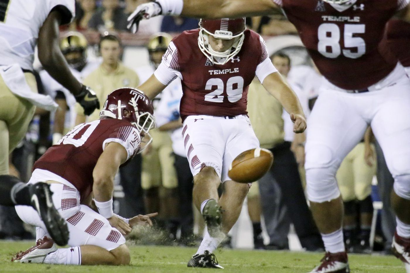 Temple kicking competition between Austin Jones and Aaron Boumerhi is too close to call