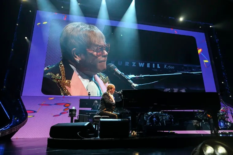 Elton John preforms in his final concert in Philadelphia at the Wells Fargo Center, an early stop on three-year old farewell tour. Tuesday, September 11, 2018. STEVEN M. FALK / Staff Photographer