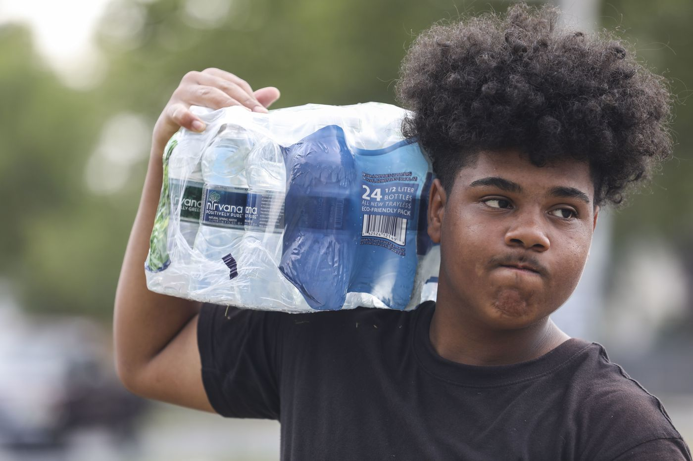 This 16-year-old was robbed of his profits selling bottled water. Camden rallied. | Helen Ubiñas
