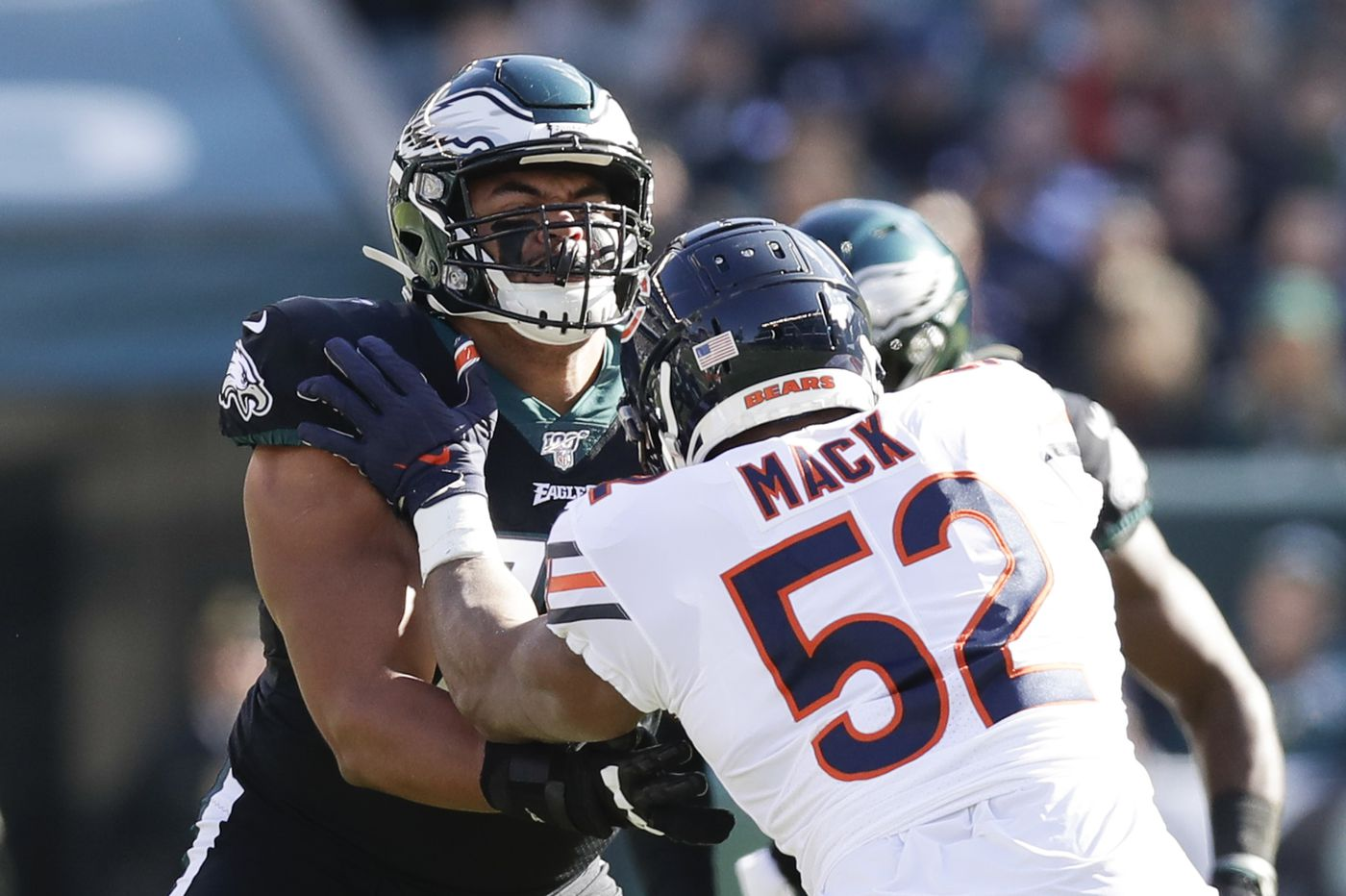 Would Eagles be making a mistake by benching Andre Dillard and putting Jason Peters back at left tackle?