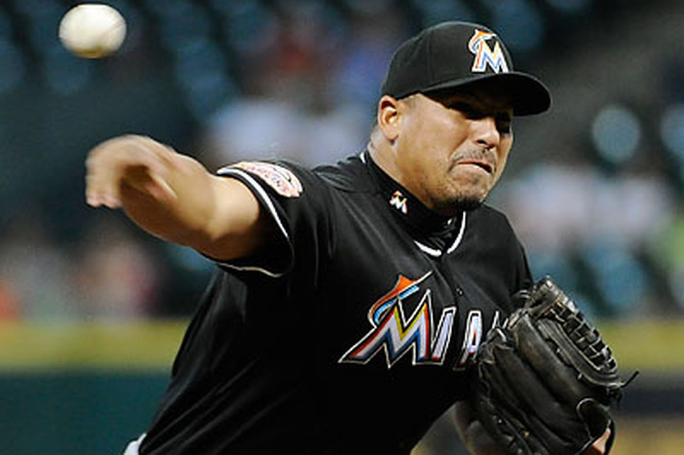 Zambrano's 3-hitter keeps Miami hot
