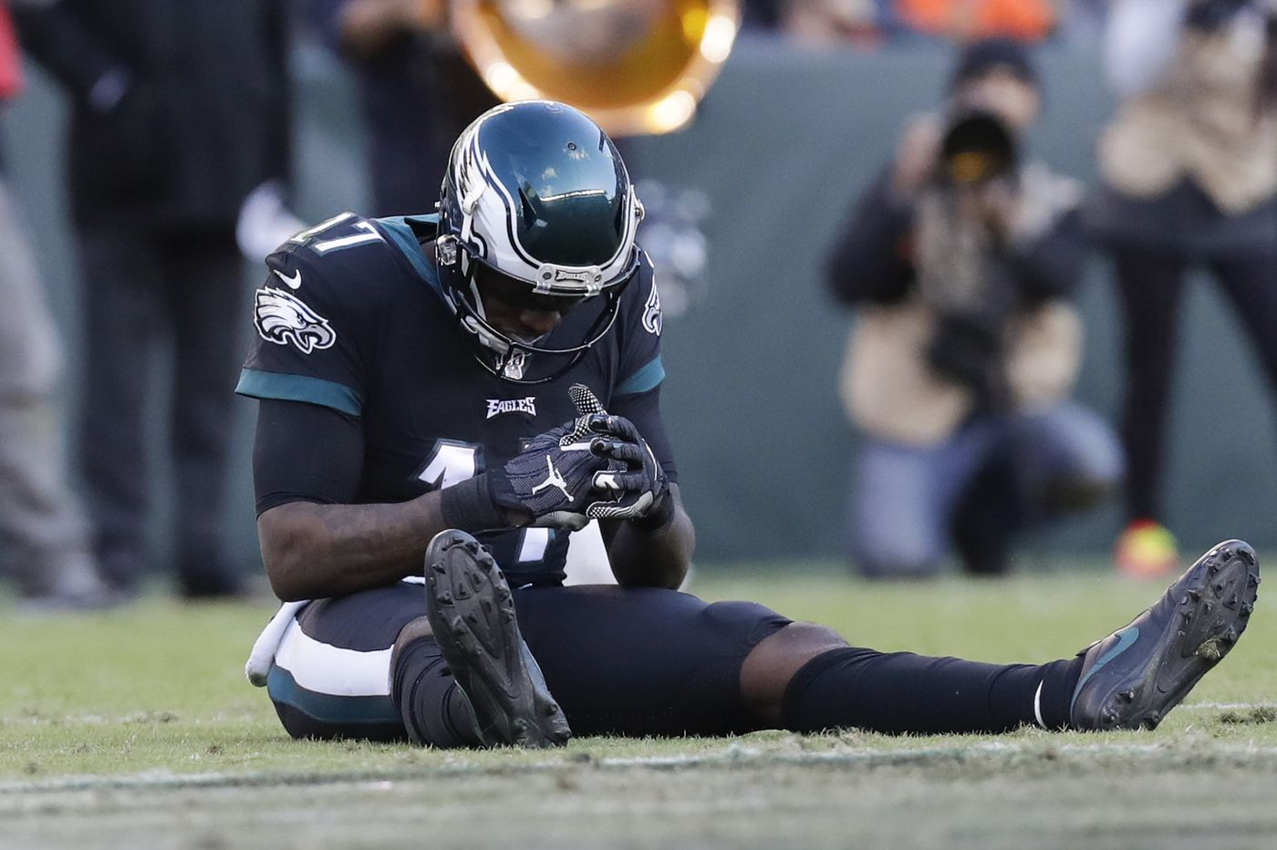 Eagles' Alshon Jeffery misses second straight practice with ankle injury