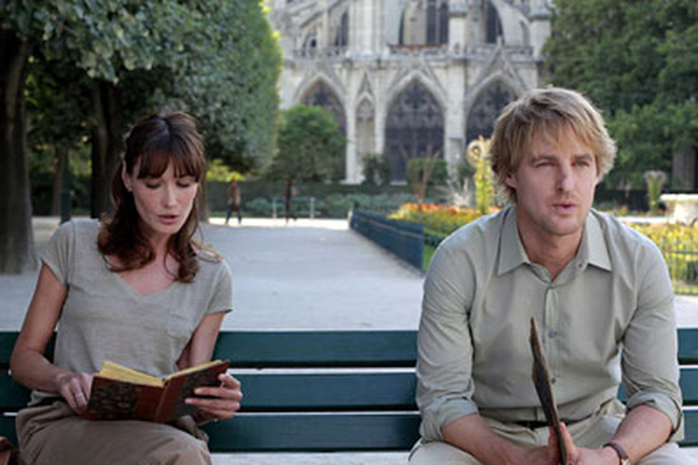 With magical realism, Woody Allen steps into Paris' literary past