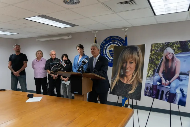 """State Sen. Thomas Killion introduced """"Deana's Law"""" at the Delaware County Courthouse, flanked by county District Attorney Katayoun Copeland and the family of Deana Eckman, who was killed in February by a man with five previous DUI convictions."""