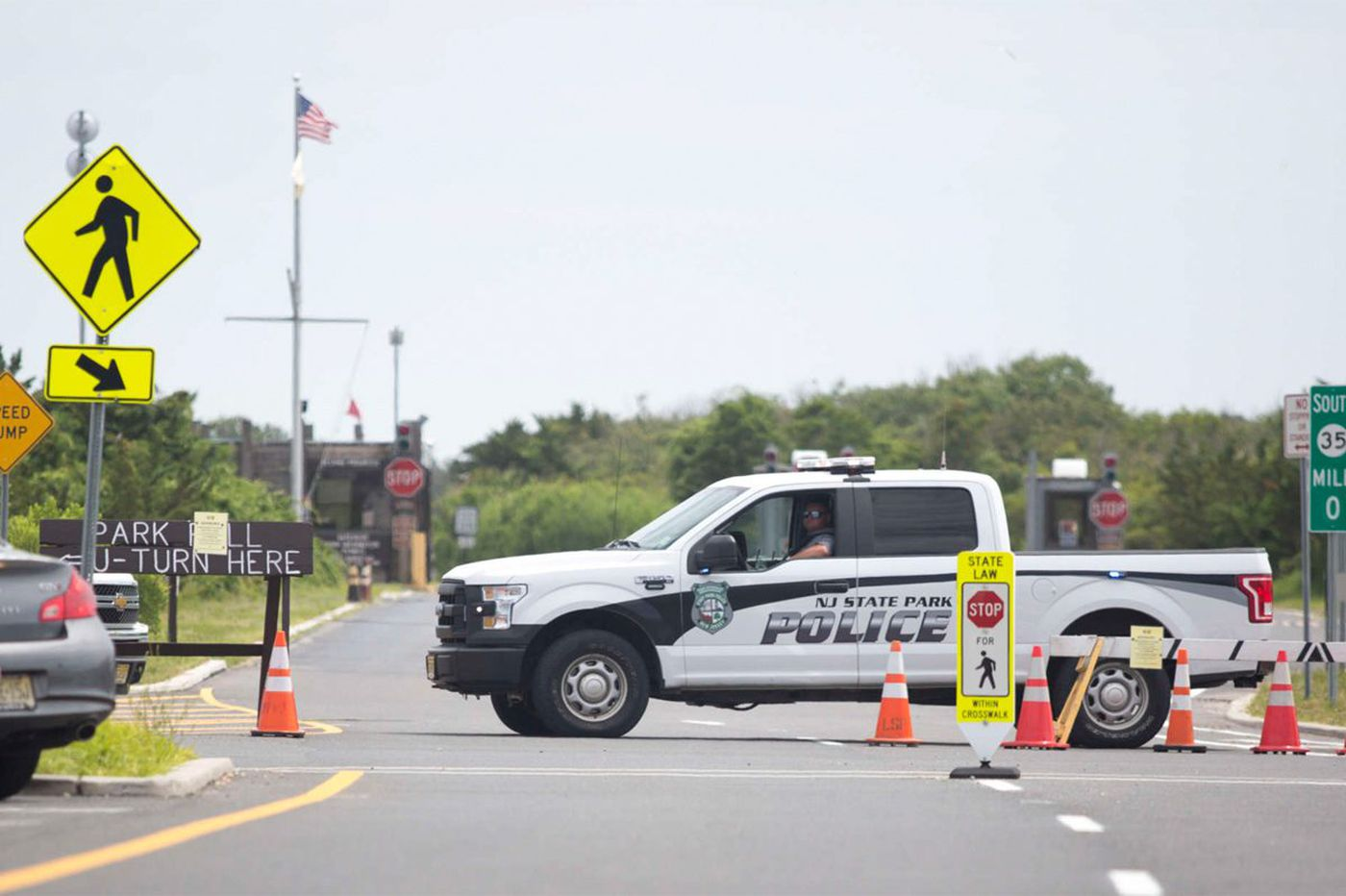 NJ shutdown: Beach closed to everyone except Chris Christie's family