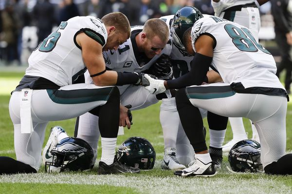 Good Lord: As Eagles teeter on the brink of disaster a la T.O. and 2005, Carson Wentz looks to the heavens | Marcus Hayes