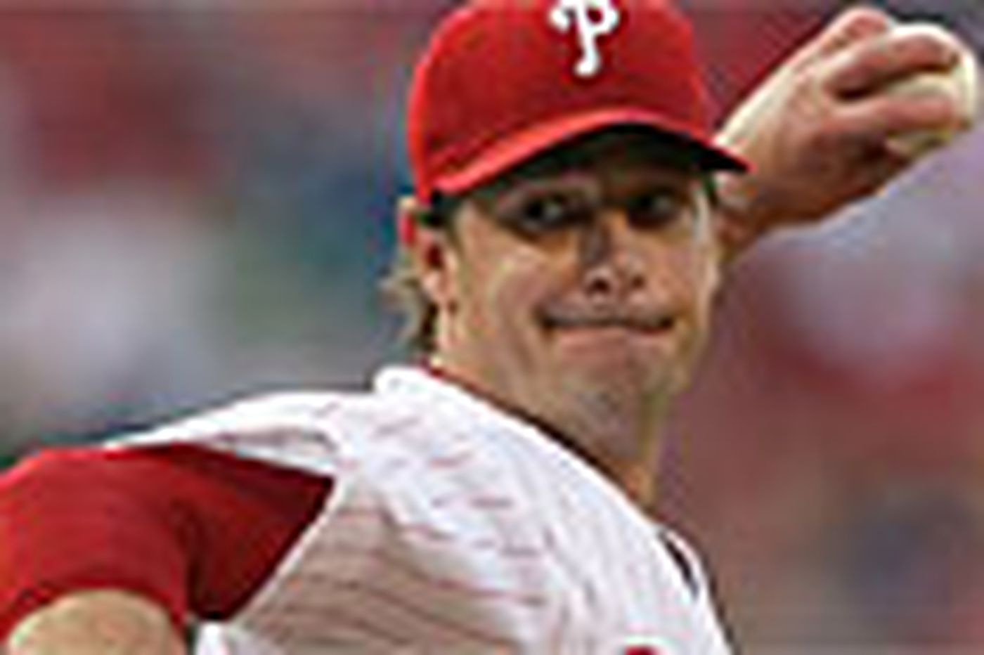 Sam Donnellon: For Phillies pitcher Moyer, season of giving never ends