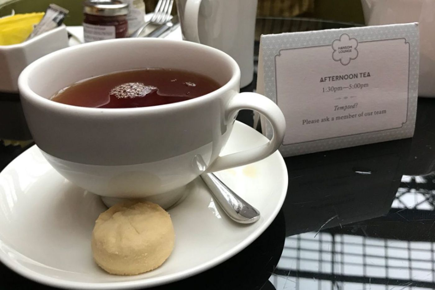Pompey hooked on afternoon tea in London