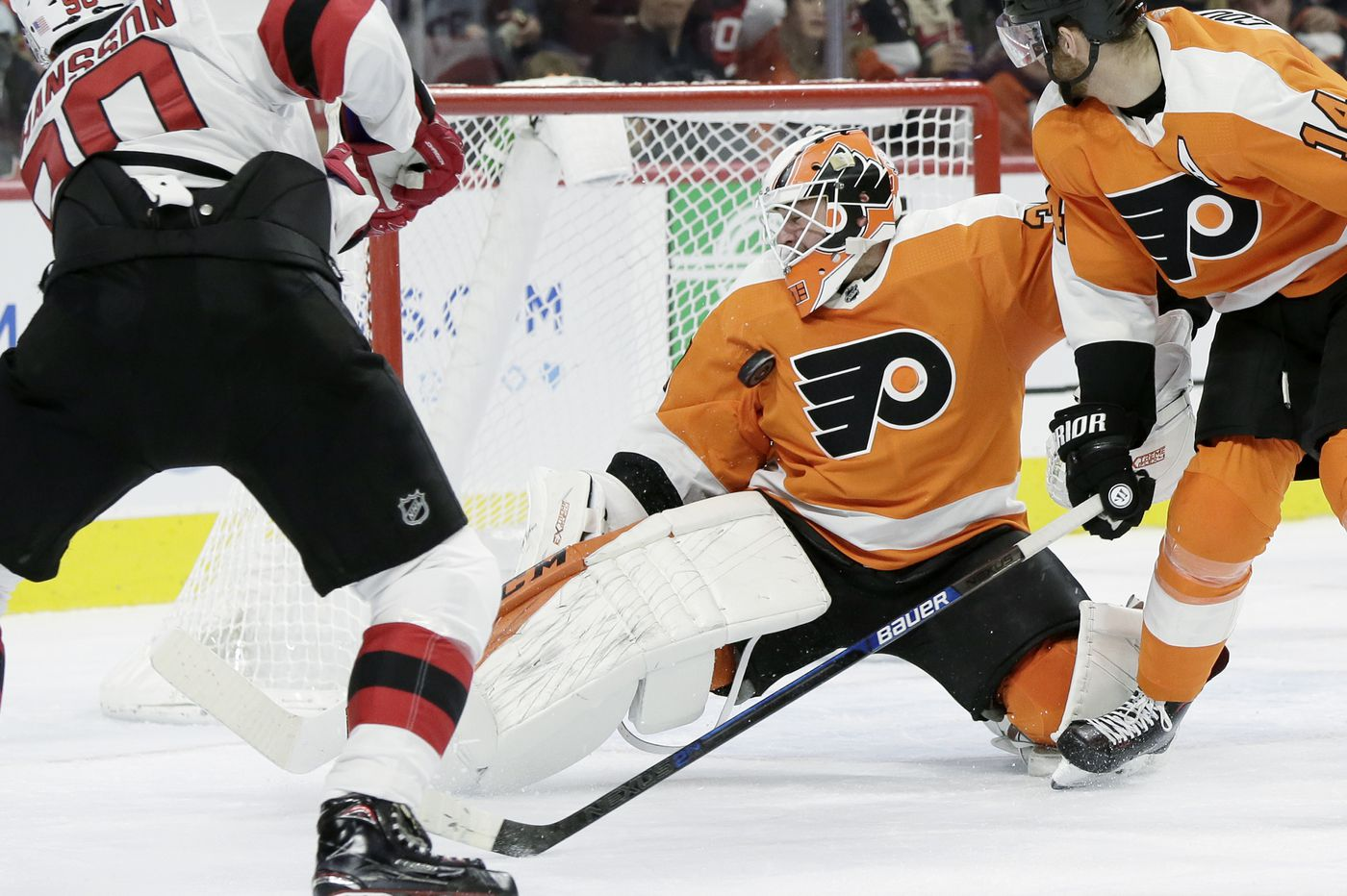 Flyers send goalie Brian Elliott to Phantoms for conditioning