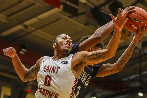 Brown scores 21 points as St. Joseph's cruises past Monmouth, 78-63