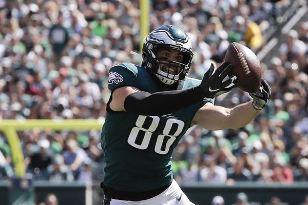 Eagles' run game dealt big blow with injury to tight end Dallas Goedert   Early Birds