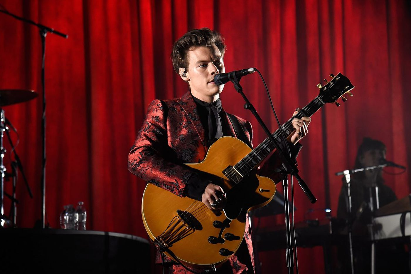 The girls go wild for Harry Styles at the Tower Theater