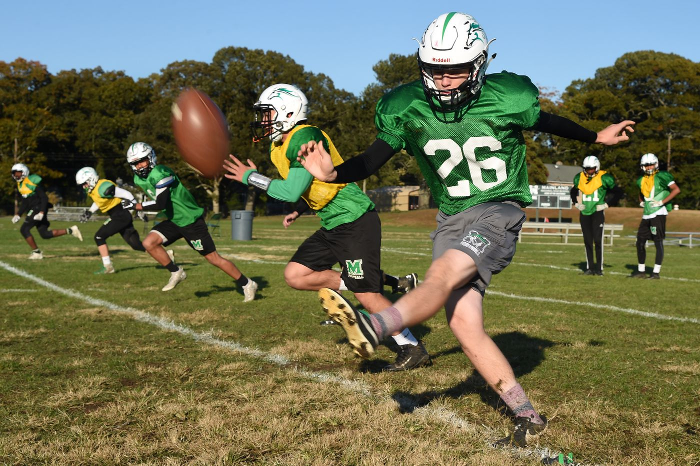 0422cc323f7 Mainland's Sean Carey was 8-for-8 in field-goal attempts and 24