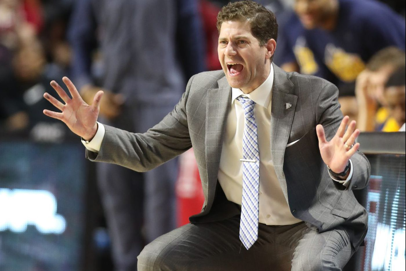 Drexel blows big lead, then game to Towson