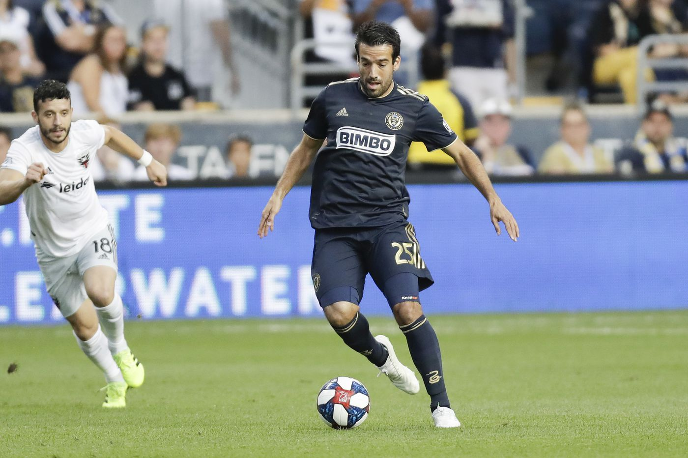 Union re-sign fan favorite Ilsinho to one-year contract