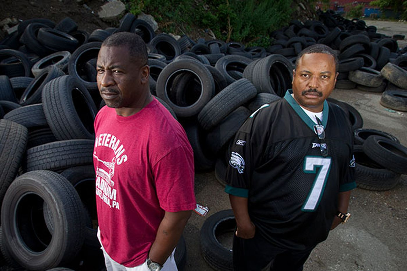 Undercover cop fights Philly's illegal dumping epidemic