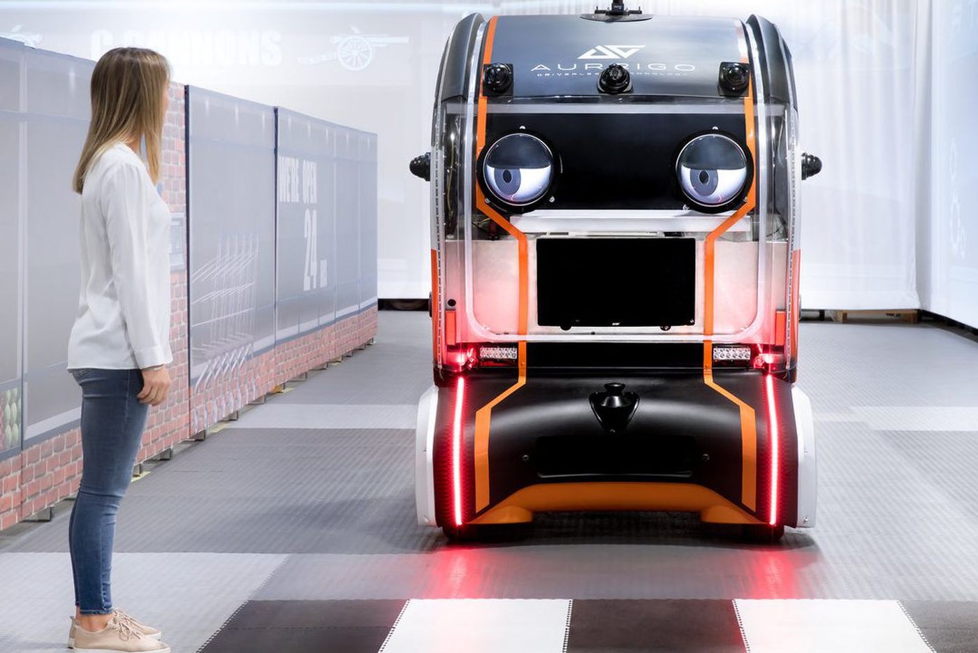 To earn trust for autonomous vehicles, company gives them 'virtual eyes'