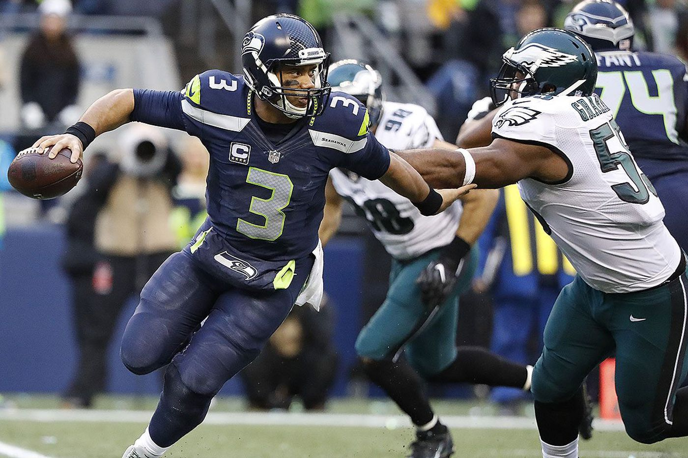 Seahawks QB Russell Wilson poses perhaps toughest challenge yet for Eagles