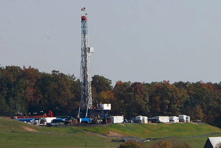 UDI 58 rig drills for gas in Lycoming County, Pa. on a Chief Oil & Gas lease. ( Michael S. Wirtz / Staff Photographer )