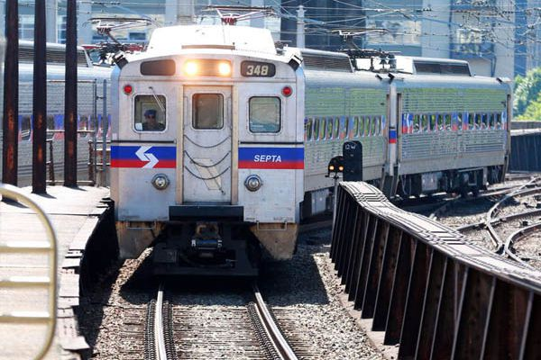 As I-95 construction worsens congestion, SEPTA is leasing train cars as an alternative to driving
