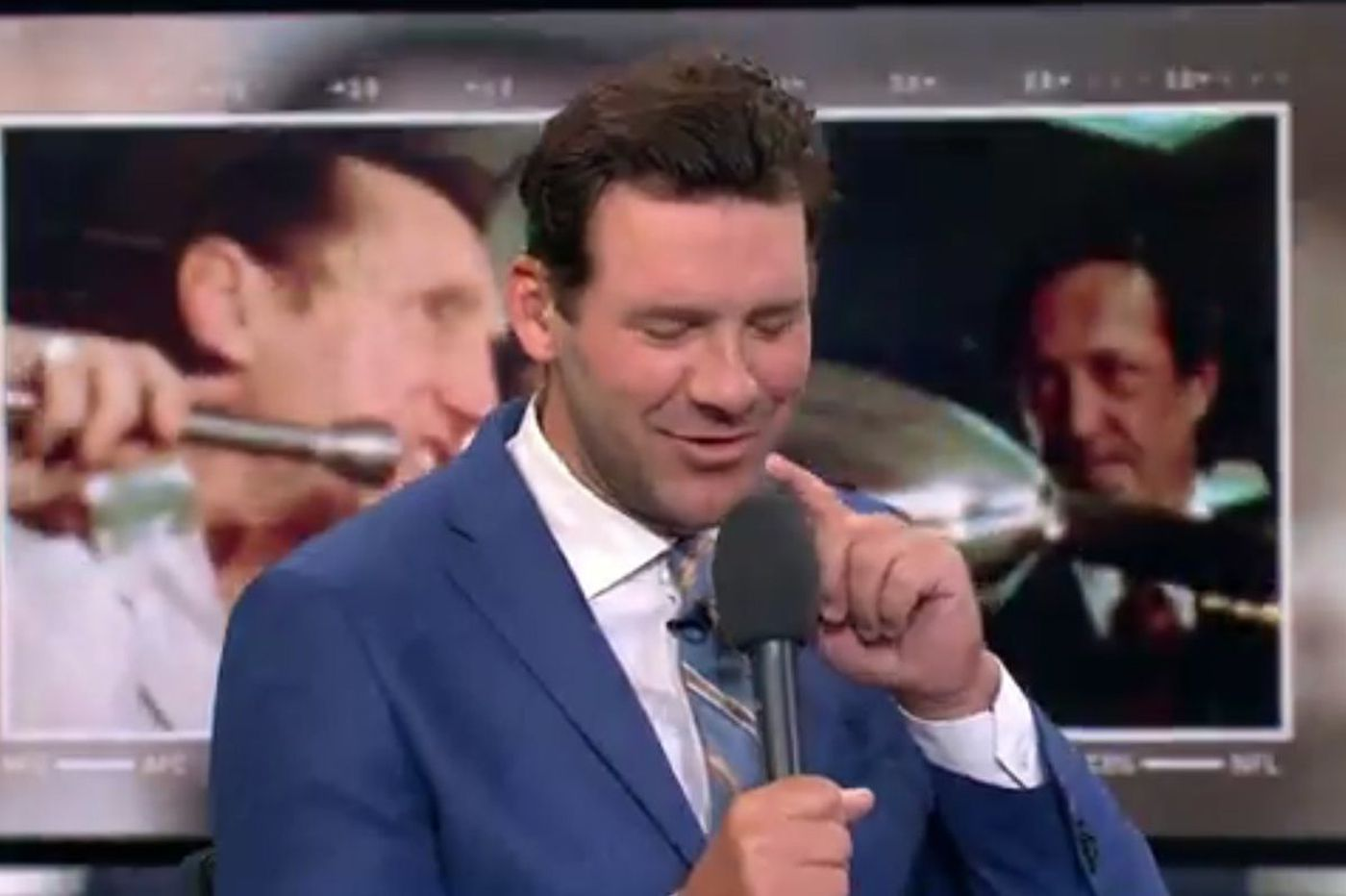 Both DirecTV and Tony Romo suffered through tech issues on Sunday