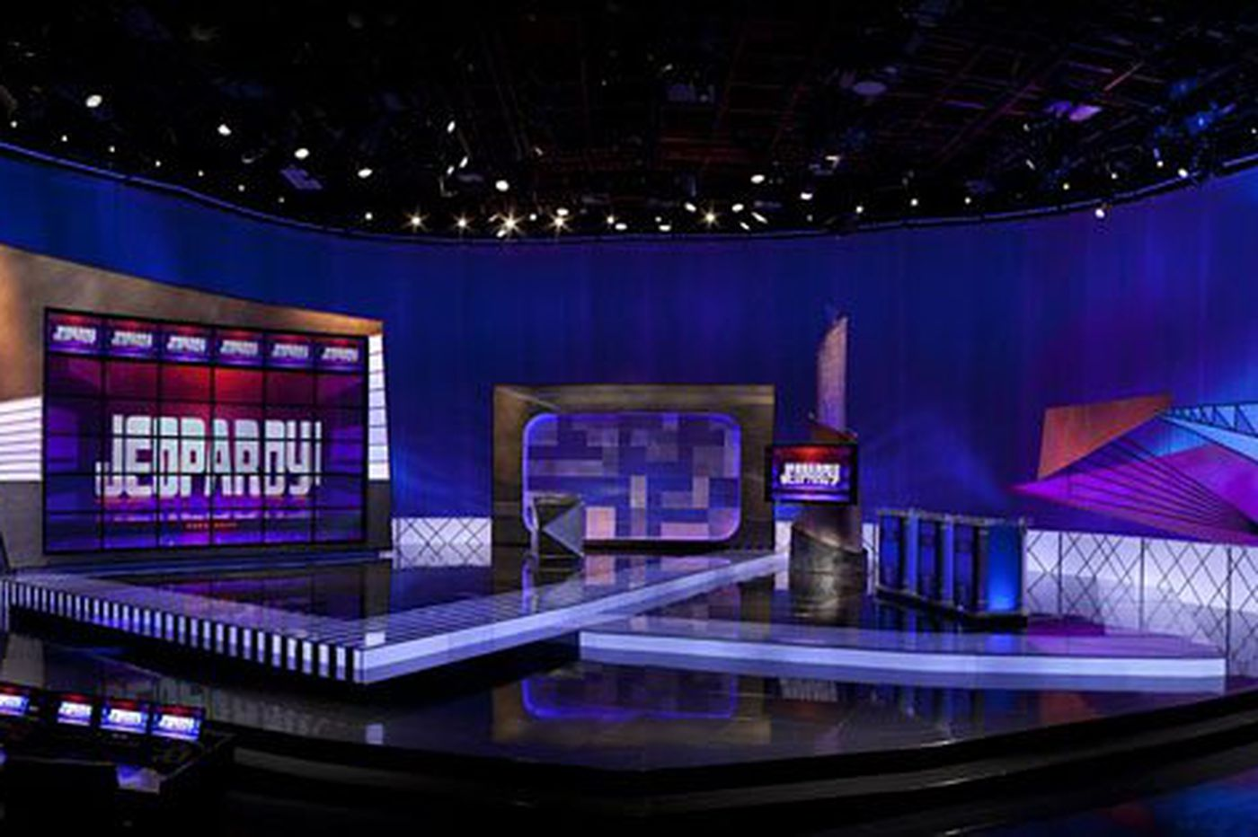 All-time 'Jeopardy!' champs to vie for share of $1.5 million